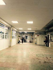 Поточний ремонт приміщення вестибюлю1-го ПВ на суму 26,8 тис.грн. (до ремонту)